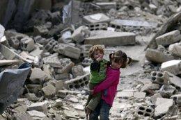 """Foto: ONU: 2014 fue """"uno de los peores años de la historia"""" para los menores (BASSAM KHABIEH / REUTERS)"""