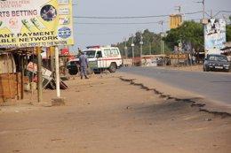 Foto: Ébola.- Sierra Leona, pendiente la eficacia del nuevo toque de queda contra el ébola (MISIONES SALESIANAS)