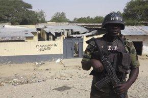 Foto: Los nigerianos acuden a las urnas a pesar de las amenazas de Boko Haram (REUTERS)