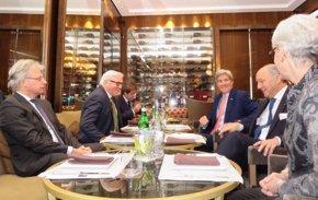 Foto: Fabius y Kerry cancelan sus viajes para seguir las negociaciones con Irán (TWITTER)