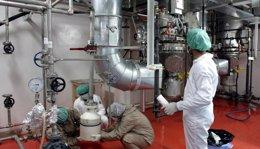 Foto: Irán espera que el 5+1 acepte que Rusia almacene su uranio enriquecido (STR NEW / REUTERS)