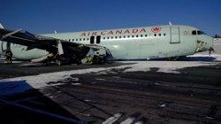 Foto: L'aterratge forçós d'Halifax acaba amb 18 ferits, cap hospitalitzat (TSB CANADÁ)