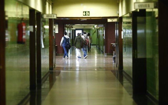 Foto: El 41% de los jóvenes españoles tiene estudios superiores, por encima de la media de la OCDE y la UE
