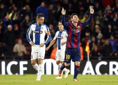 Foto: La LFP anuncia el horario del derbi catalán y de tres jornadas en total (REUTERS)