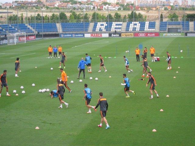 Foto: La Peña Mortera Blanca entrenará con el Real Madrid en Valdebebas