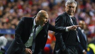 """Foto: Zidane: """"Por supuesto que aceptaría entrenar al Real Madrid"""" (REUTERS)"""