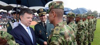 Foto: Santos dice que el Ejército no perderá privilegios tras un acuerdo de paz (PRESIDENCIA)