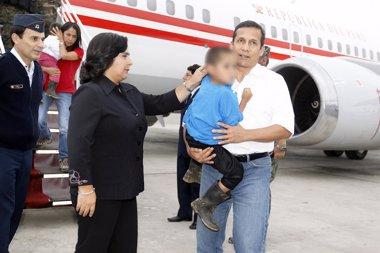Foto: Primera ministra de Perú dejará cargo tras ser censurada por espionaje (HANDOUT . / REUTERS)