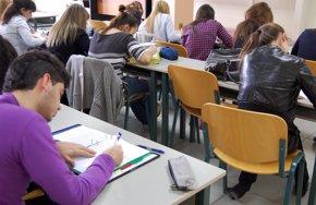 Foto: Ayudas para incentivar contratos para la formación y el aprendizaje (EUROPA PRESS)