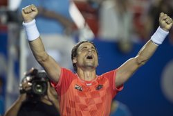 Foto: Ferrer avança a vuitens després de superar Rosol (OMAR MARTINEZ)