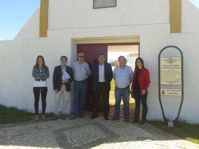 Foto: Junta respalda la conservación de la Plaza de Toros de Campofrío (EUROPA PRESS/JUNTA)