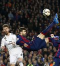 """Foto: Piqué: """"El Barça estaría encantado de ceder el Camp Nou al Real Madrid"""" (PAUL HANNA / REUTERS)"""