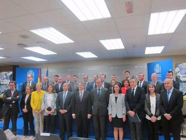 Foto: RSC.-Sanidad firma un acuerdo con 23 empresas de la Restauración Moderna para promover estilos de vida saludables