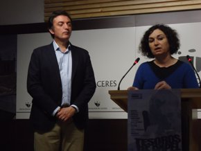 Foto: La campaña para fomentar la lectura organizada por la Diputación de Cáceres recorre 14 localidades de la provincia (EUROPA PRESS/REMITIDO)