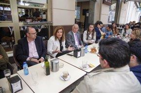 Foto: Báñez afirma que el Gobierno trabaja