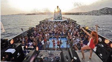 Foto: Aprobado el decreto que incluye la regulación de las 'party boats' (CEDIDA)