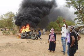 Foto: Un grupo yihadista reivindica el ataque contra los 'cascos azules' en Malí (STRINGER . / REUTERS)