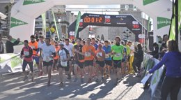 Foto: Iván Torres, vencedor en Hoyo de Manzanares de la segunda prueba del circuito Races Rail Trail Running (CIRCUITO RACES TRAIL RUNNING)