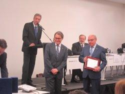 Foto: Mas anima als estanquers a donar suport al procés sobiranista (EUROPA PRESS)