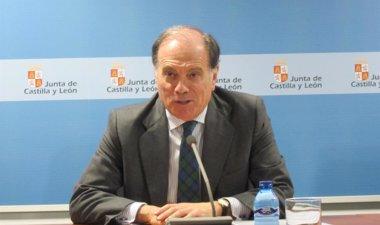 Foto: Villanueva solicitará su comparecencia  por los parques eólicos (EUROPA PRESS)