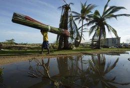 Foto: Una mujer indígena, galardonada por su lucha contra una represa en Honduras (REUTERS)