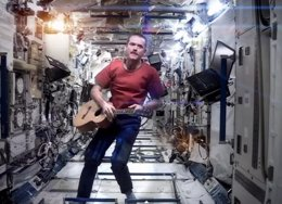 Foto: El astronauta Chris Hadfield publicará un disco grabado en el espacio (YOUTUBE)