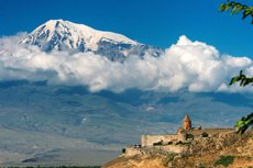 Foto: L'Església Apostòlica Armènia canonitza els 1,5 milions de morts durant el genocidi armeni (REUTERS)