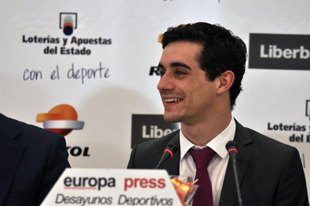 """Foto: Javier Fernández: """"No creo que vuelva a España hasta que acabe mi carrera deportiva"""""""