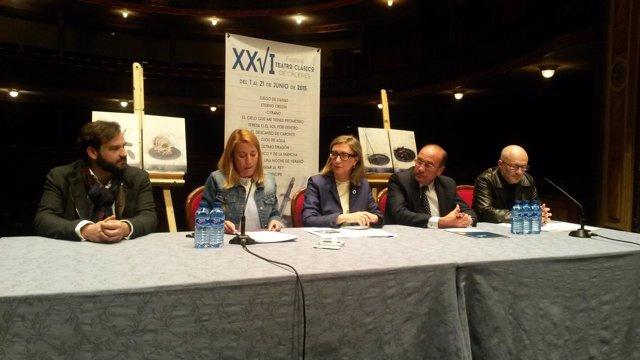 Foto: Charo López, Ana Diosdado, El Brujo y María José Goyanes, presentes en el XXVI Festival de Teatro Clásico de Cáceres