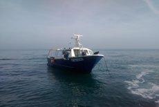Foto: Salvament Marítim rescata un pesquer a la deriva al Delta de l'Ebre (SALVAMENTO MARÍTIMO)