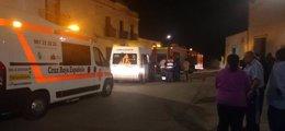 Foto: Cuatro personas atendidas en un incendio en Puebla del Prior (CRUZ ROJA)