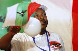 Foto: Un mínim de dos morts a Burundi durant protestes contra el president (THOMAS MUKOYA / REUTERS)