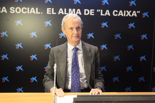 Foto: Francia concede la Legión de Honor al ministro Pedro Morenés