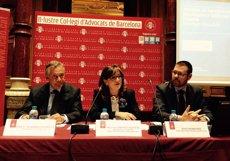 Foto: Lesions in itinere i estrès centren les patologies que pateixen els advocats a Espanya (EUROPA PRESS)