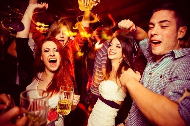 Foto: El alcohol en la adolescencia provoca cambios cerebrales