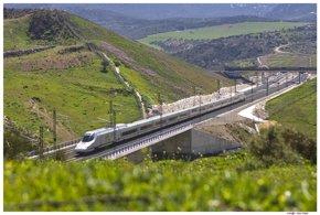 Foto: Turismo.- Renfe ofrece 133.400 plazas para viajar a Andalucía en trenes AVE de larga distancia en el puente de mayo (EUROPA PRESS/RENFE/ARCHIVO)
