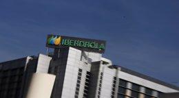 Foto: Iberdrola completa con 0,113 euros una retribución anual de 0,27 euros (REUTERS)
