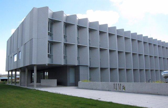 El edificio lucia de la uva certificado el m s sostenible - Escuela arquitectura valladolid ...
