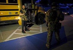 Foto: Moren dos homes armats a Dallas després de ser tirotejats davant d'una exposició de caricatures de Mahoma (REUTERS)