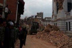 Foto: El Govern del Nepal eleva a més de 7.300 els morts pel terratrèmol (EUROPAPRESS)