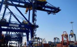 Foto: (Ampl.) Los precios de exportaciones suben un 0,9% en marzo y los de importaciones suman 25 meses en negativo (EUROPA PRESS)