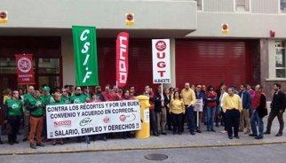 El 85% de la plantilla de Correus a Catalunya secunda la vaga, segons sindicats
