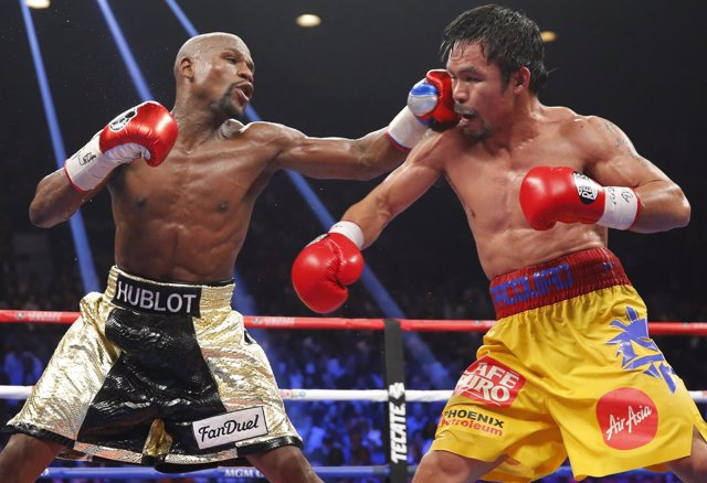 Foto: Mayweather concede revancha a Pacquiao