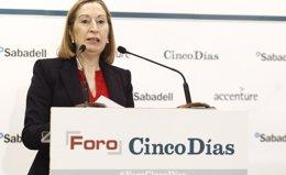 Foto: Fomento y Aena estudian recurrir el informe de la CNMC sobre las tasas (EUROPA PRESS)