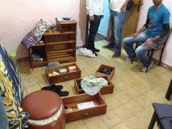 Foto: AMP.- Successos.- 20 detinguts en l'operació antidroga del Raval (EUROPA PRESS)