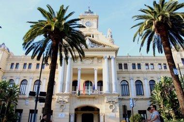 Foto: De la Torre, respaldado por Rajoy, y Gámez eligen Carretera de Cádiz para abrir la campaña (EUROPA PRESS)