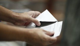 ¿Cuáles son los horarios de los colegios electorales? Y otras 6 respuestas útiles para el día de las elecciones