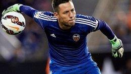 Foto: Alves, rotura del ligamento cruzado anterior (WWW.VALENCIACF.COM)