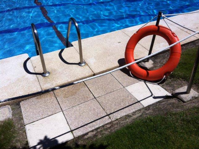 Ugt asegura que algunas de las piscinas de verano de for Piscina olimpica madrid