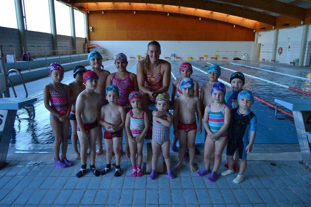 Mireia belmonte entrena en la piscina municipal cubierta de la albericia - Piscina municipal santander ...